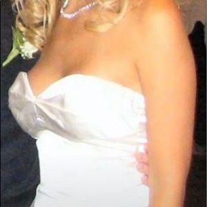 Elizabeth Fillmore trumpet style wedding dress